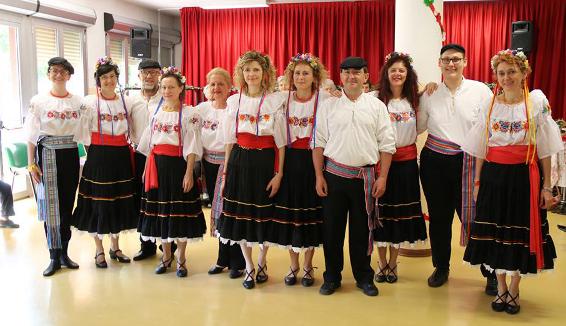 Gruppo folk Girovagando: 20 anni di divulgazione delle danze popolari