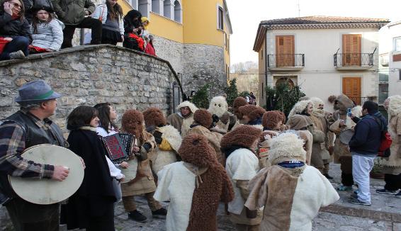 """Il Carnevale tradizionale dalla Basilicata a Rai Uno con """"La vita in diretta"""""""