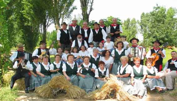 Il gruppo folk El Paiar di Bovolone: arie, vecchi balli e nuovi proseliti tra i giovani veneti