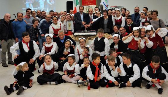 Il Gruppo Folk Viggianese Lu Chicchirichì, 45 anni di attività con l'Oscar del Folklore