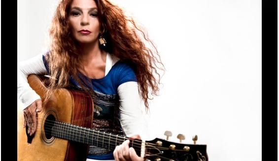 Buon compleanno Teresa De Sio, la voce della musica popolare