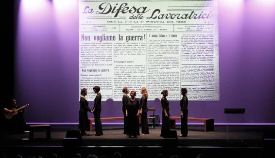 """""""Il fronte delle donne"""" di Lucilla Galeazzi a teatro"""