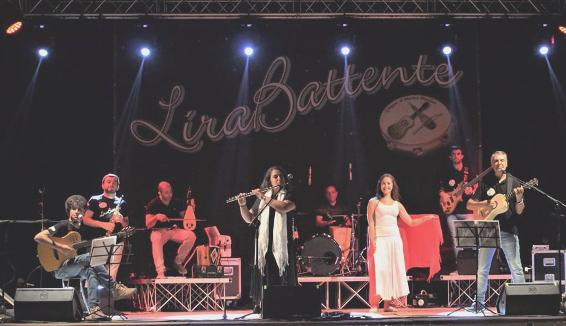Lira Battente: il patrimonio culturale e musicale calabrese raccontato con Lira e Chitarra