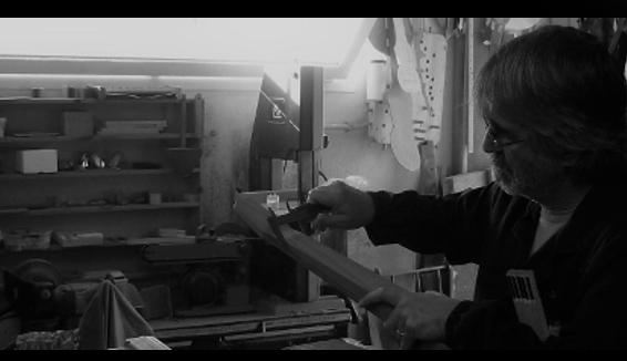 Da operaio a liutaio, la storia di Giuliano Calcagno