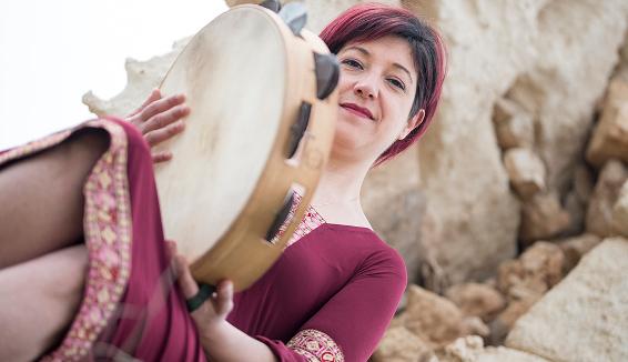 Maria Mazzotta: Scusa Maje è il primo singolo del nuovo album