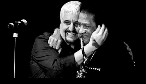 James Senese: l'omaggio a Pino Daniele con lo struggente canto del suo sax