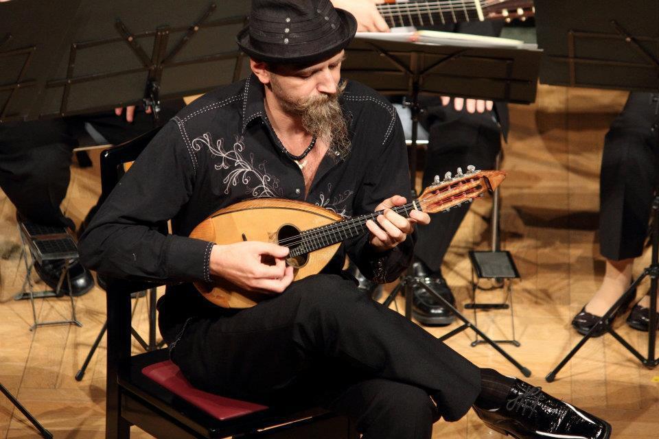 Carlo Aonzo su Musica Popolare Italiana