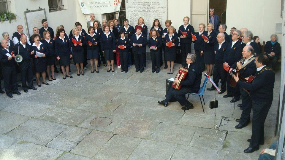 Su musica popolare italiana il coro La Gerla