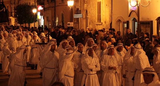 La Pasqua su Musica Popolare Italiana