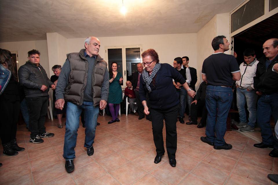Felici e Conflenti su Musica Popolare Italiana