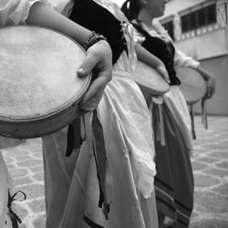 Su musica popolare italiana i balli del sud a Loano