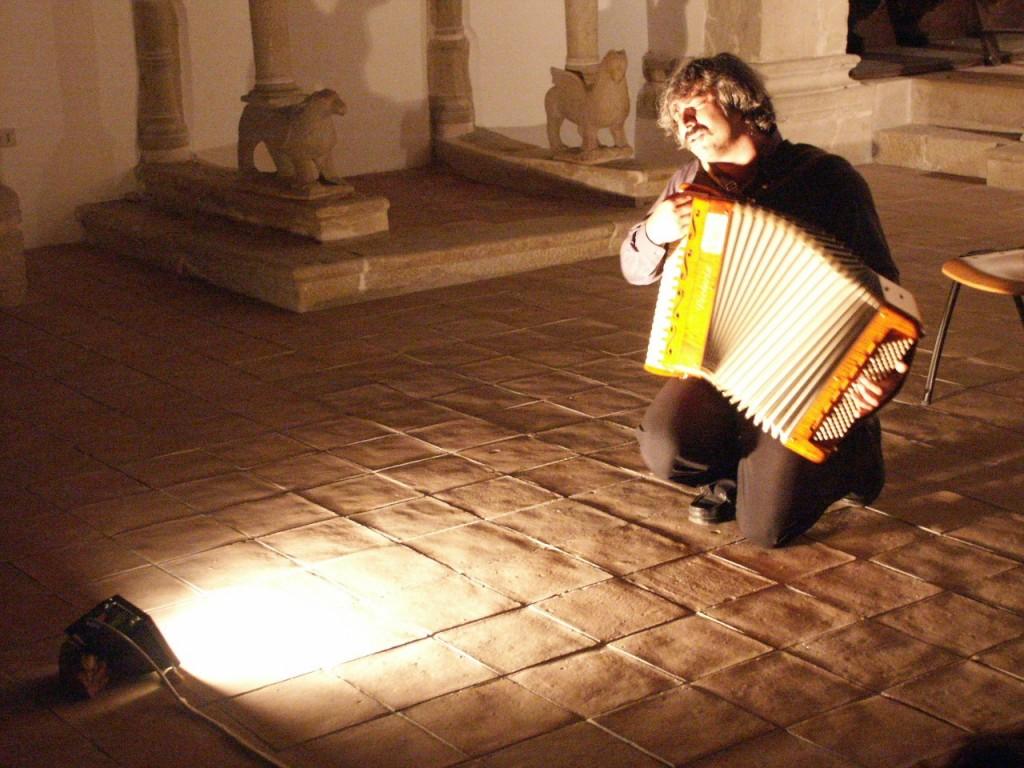 Su musica popolare italiana Daniele Mutino