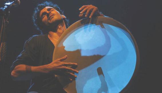 Luca Rossi: con lui la tammorra gira il mondo