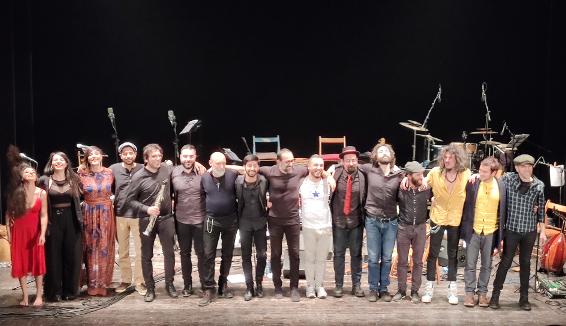 Calabria Orchestra Live èil primo lavoro discografico dellaCalabria Orchestra