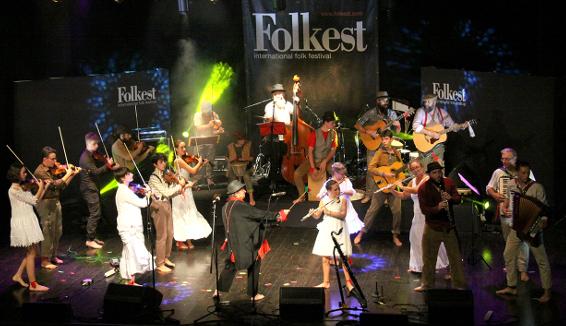 Premio Folkest Alberto Cesa alla band Musica Spiccia