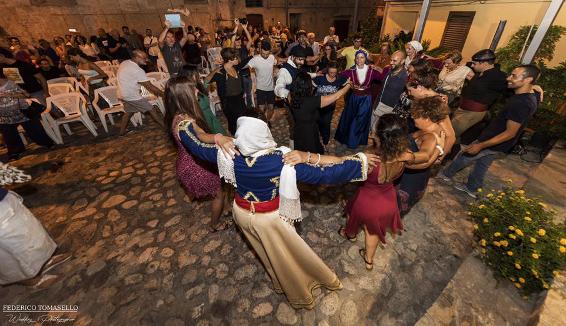 Kaulonia Tarantella Festival: la direzione artistica a Mimmo Calopresti