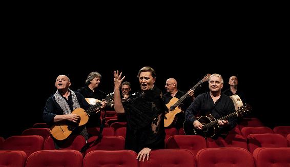 Targa Tenco per il Miglior Album in Dialetto alla Nuova Compagnia di Canto Popolare